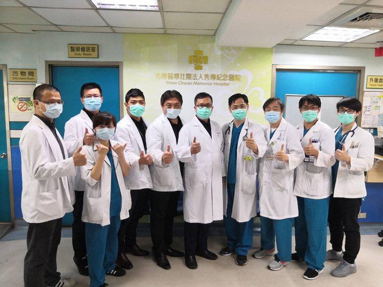 前瞻傷口醫學部團隊與急診醫學部團隊(黃炳文總監、童春濱主任) 全面性的合作提供高...