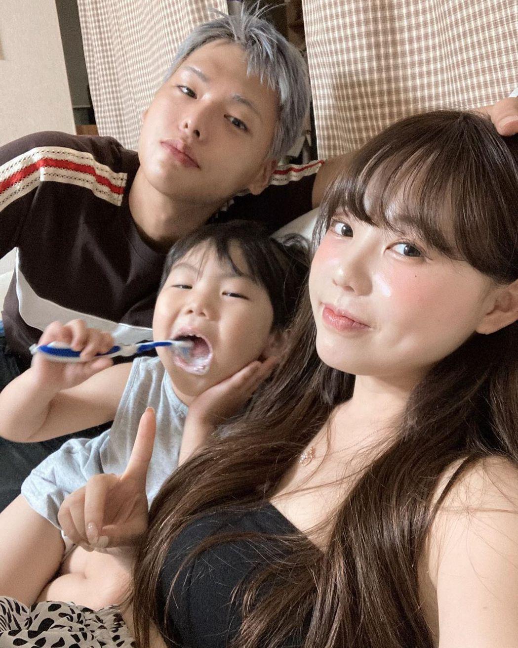 28岁洪瑛琦已婚当人母。 图/撷自IG