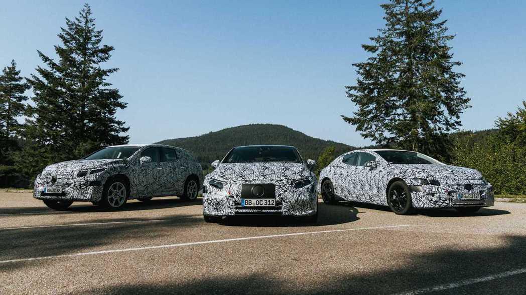 Mercedes-Benz EQS、EQE Saloon與EQS SUV都是未來...