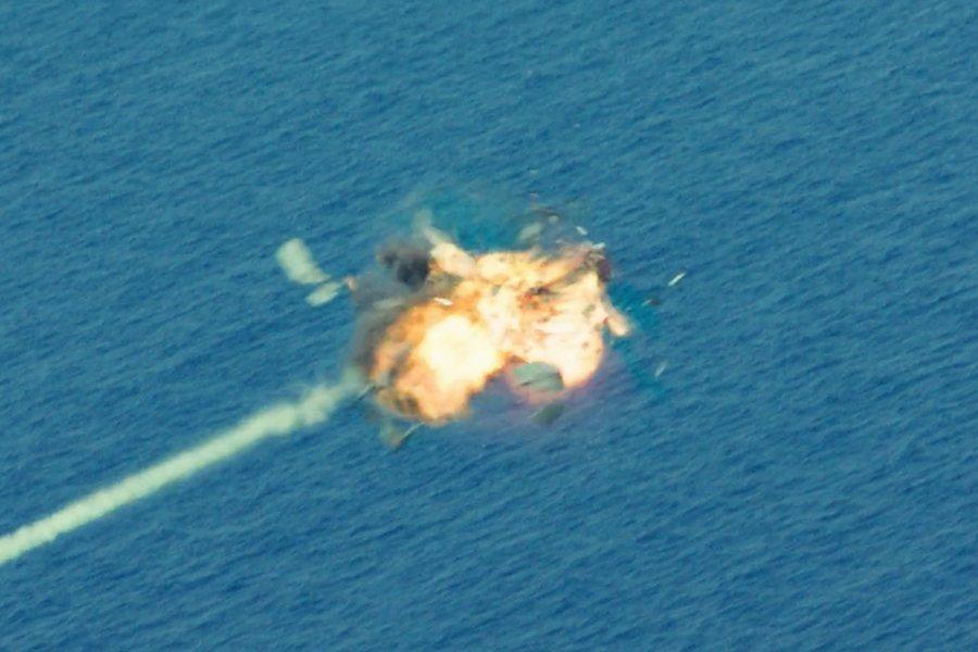 「古巴擊落兩架美國民航機的位置是國際海域」此言存在疑慮。 圖/《黃蜂網絡》劇照