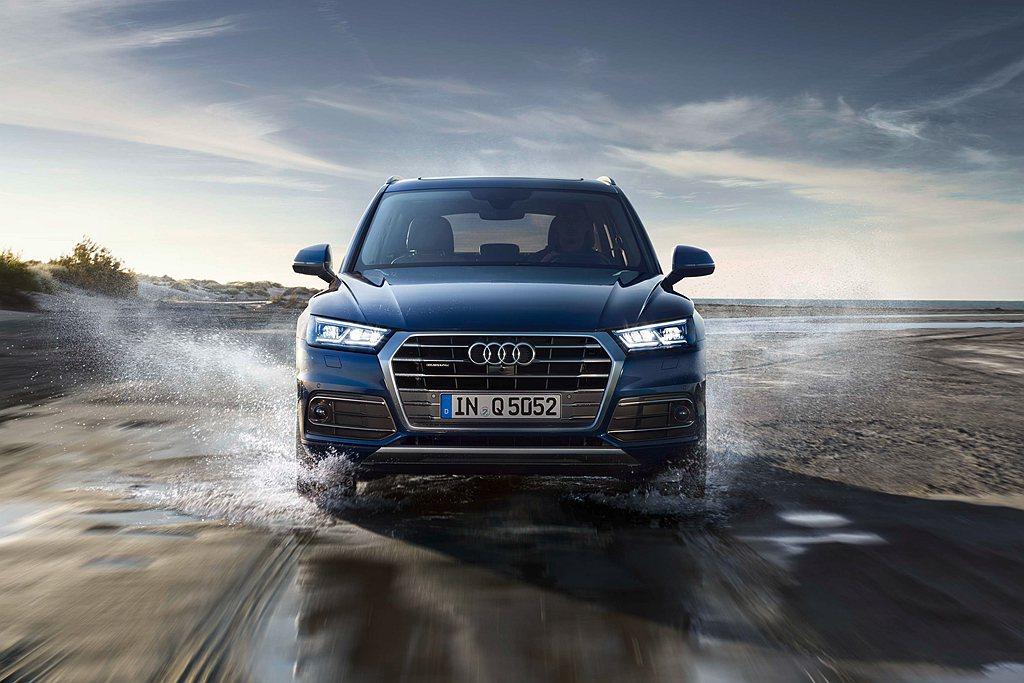 本月入主Audi Q5除可享有超低頭款、首年月付18,900元起的財務方案,購車...