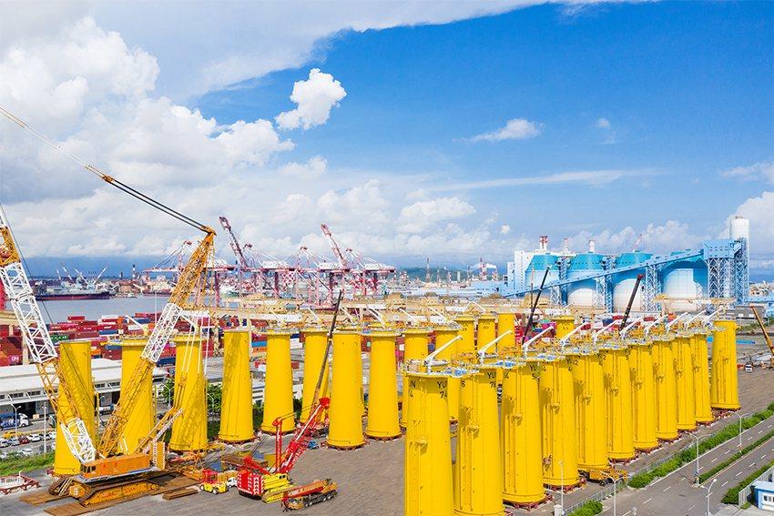允能雲林離岸風場中40座水下基礎轉接段由中鼎集團俊鼎機械廠製造。 達德能源/提供