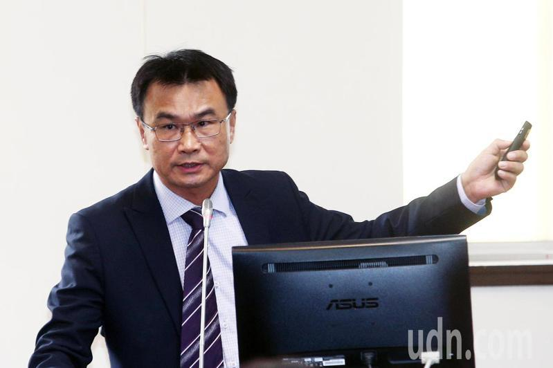 農委會主委陳吉仲上午出席立法院經濟委員會列席報告業務概況並備質詢。記者蘇健忠/攝影