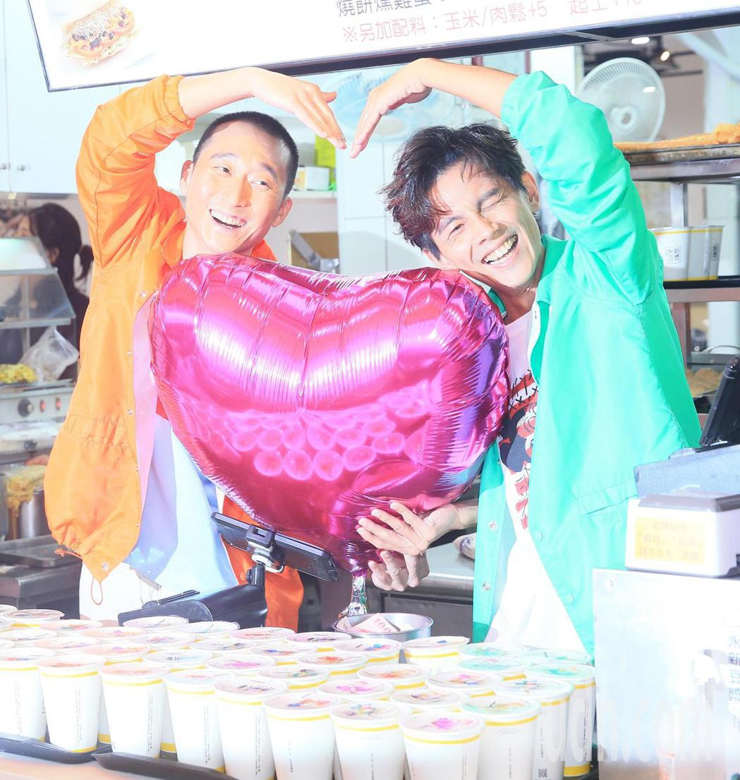 「浩角翔起」兩人再度合體開新節目,要體驗台灣職人的生活。記者潘俊宏/攝影