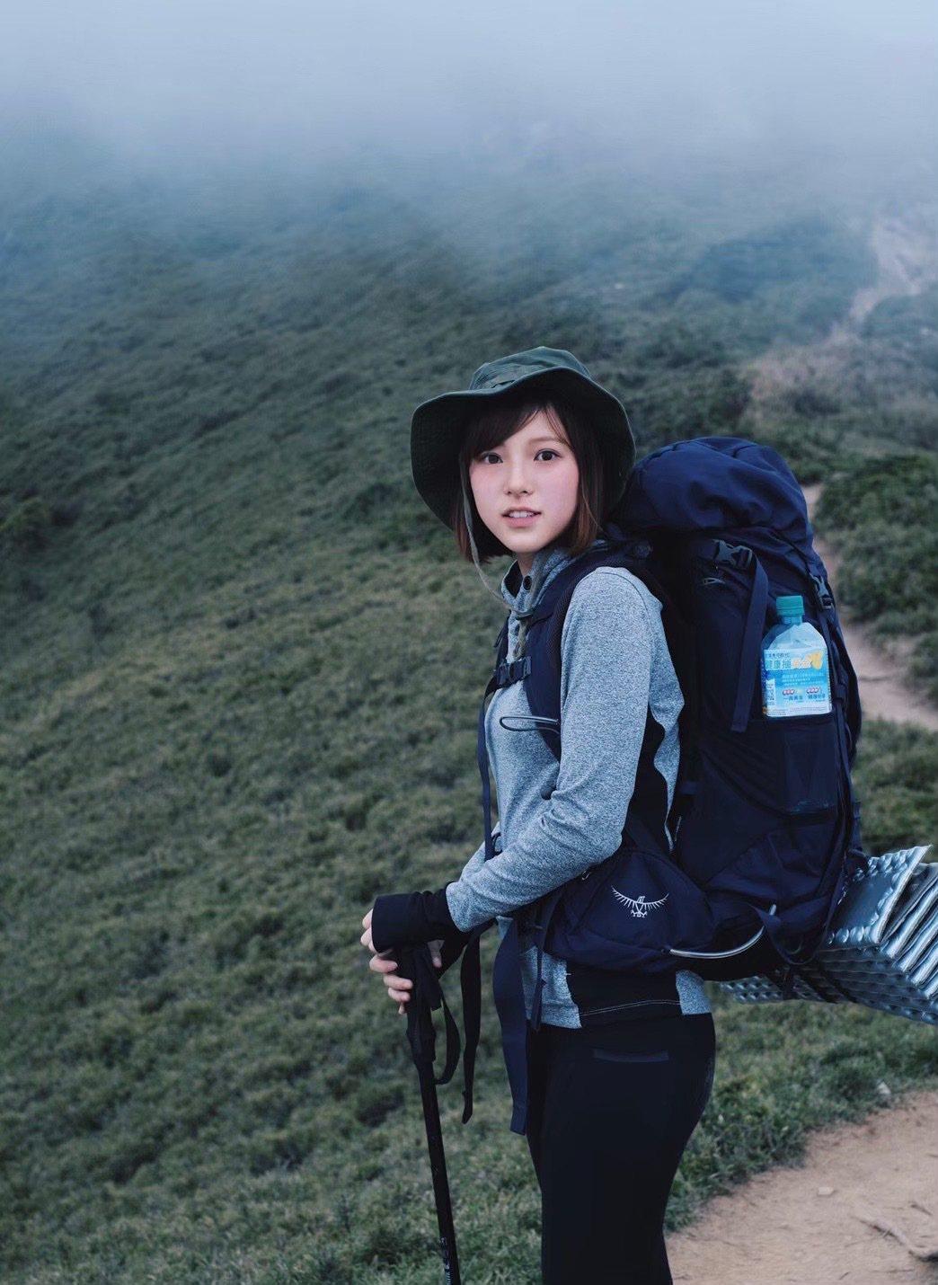 項婕如挑戰合歡山北峰成功。圖/群星瑞智提供