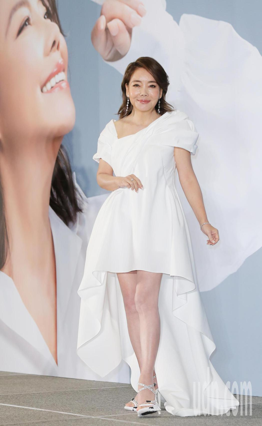 療傷天后辛曉琪宣布將在2020年底在台北以及台中兩地舉辦三場全新演唱會。記者曾學...