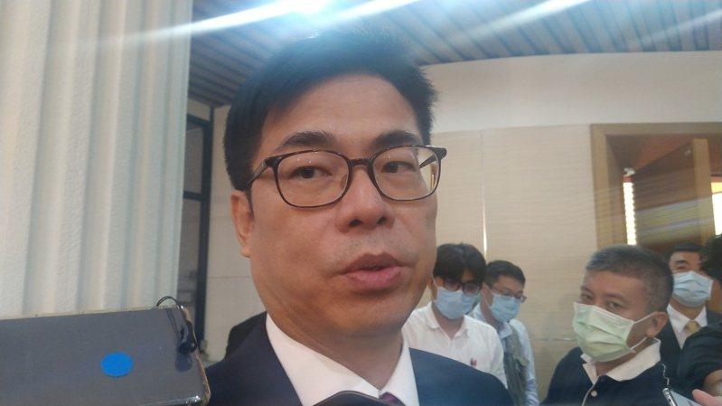 高雄市長陳其邁今到議會接受質詢,下午休息時間接受媒體聯訪。記者蔡孟妤/攝影