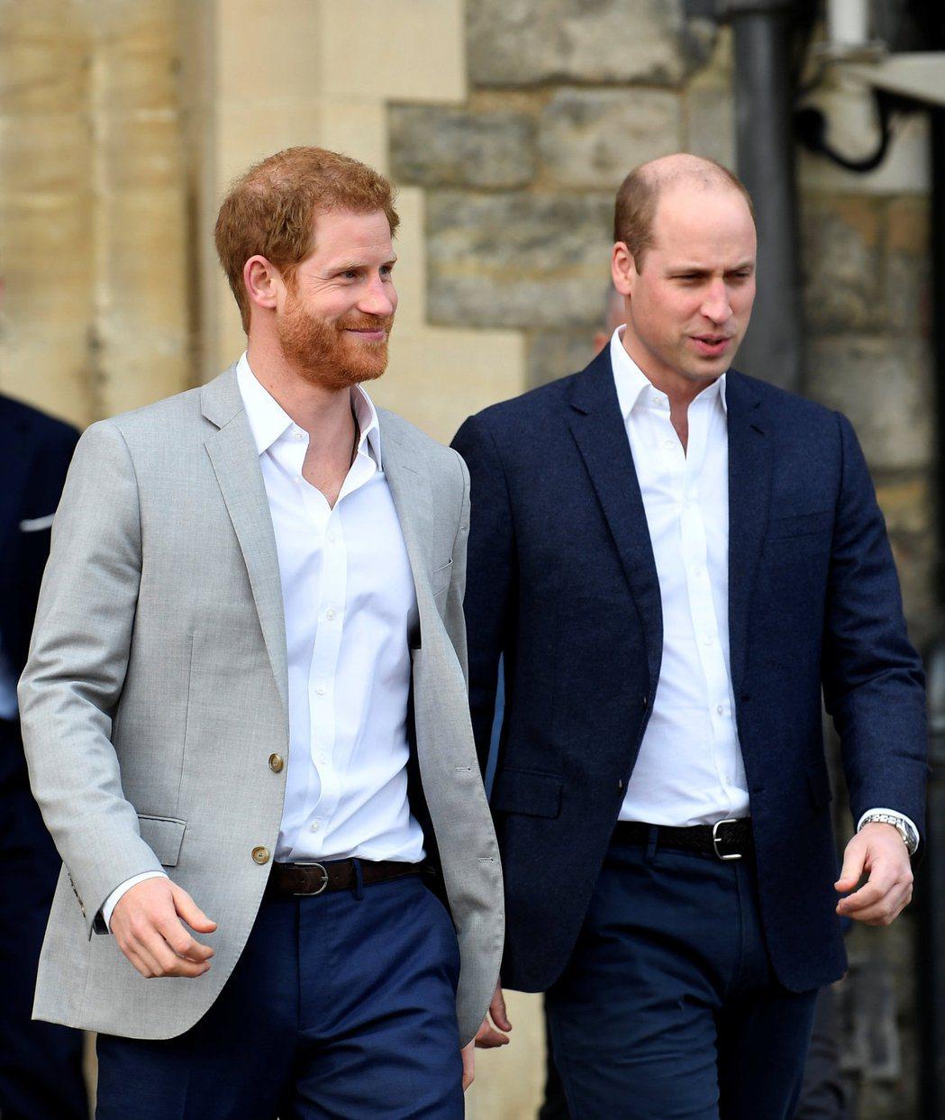 哈利(左)與威廉之間的手足關係,早在很久前就很扭曲。圖/路透資料照片