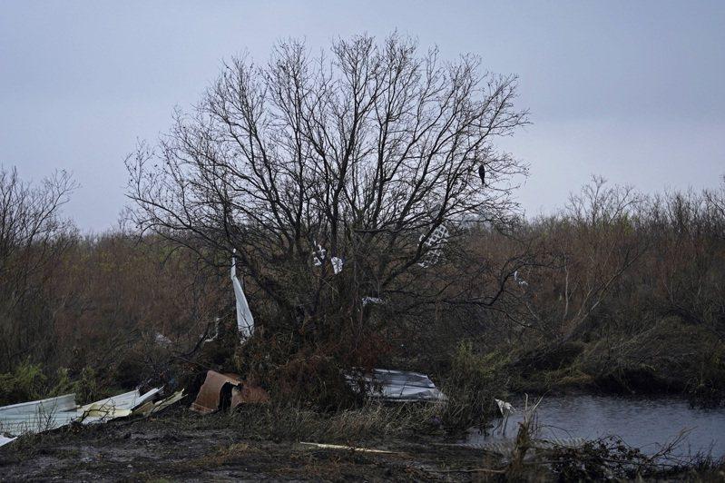 美國國家颶風中心(NHC)表示,3級颶風戴爾塔(Delta)今天正朝著路易斯安那州西南部逼近,可能在墨西哥灣沿岸地區(Gulf Coast)北部一帶引發風暴潮。 美聯社