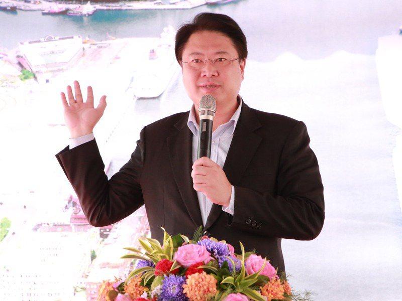 林右昌延攬台北市長柯文哲市府團隊前發言人林昆鋒,布局選戰意味濃厚。圖/基隆市政府提供
