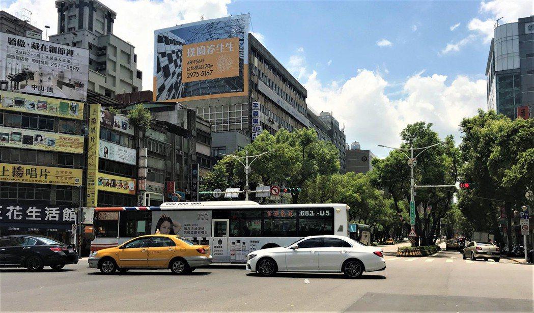 捷運中山站一帶 記者游智文/攝影