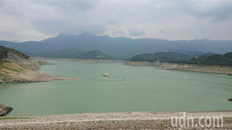 曾文水庫今年蓄水量偏低。記者吳淑玲/攝影