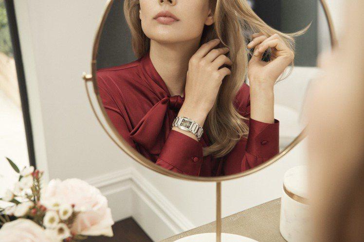 一只精緻、富有高級感的女性腕表該具備哪些特質?辨識度、精準、展現個人風采?百達翡...