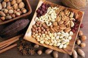 這6種零食是健康黑名單,很多人卻天天吃! 嘴饞了,不如改吃這幾種健康零食