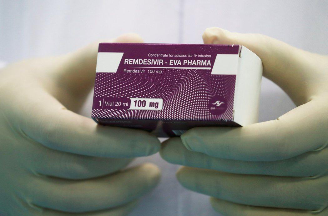 8日發表於新英格蘭醫學雜誌的瑞德西韋最新實驗數據顯示,病患平均恢復時間快5天。路...
