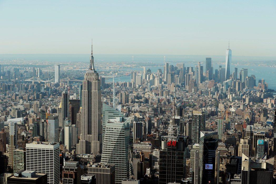紐約曼哈頓房東上月平均提供兩個月免租金優惠,以吸引房客。  路透