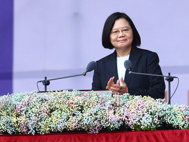 蔡英文總統今天在雙十國慶慶典中發表演說,以五大章論述台灣成功抗。記者葉信菉/攝影