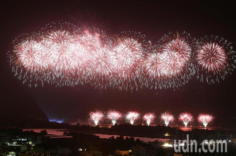 國慶焰火今晚在台南施火。記者劉學聖/攝影