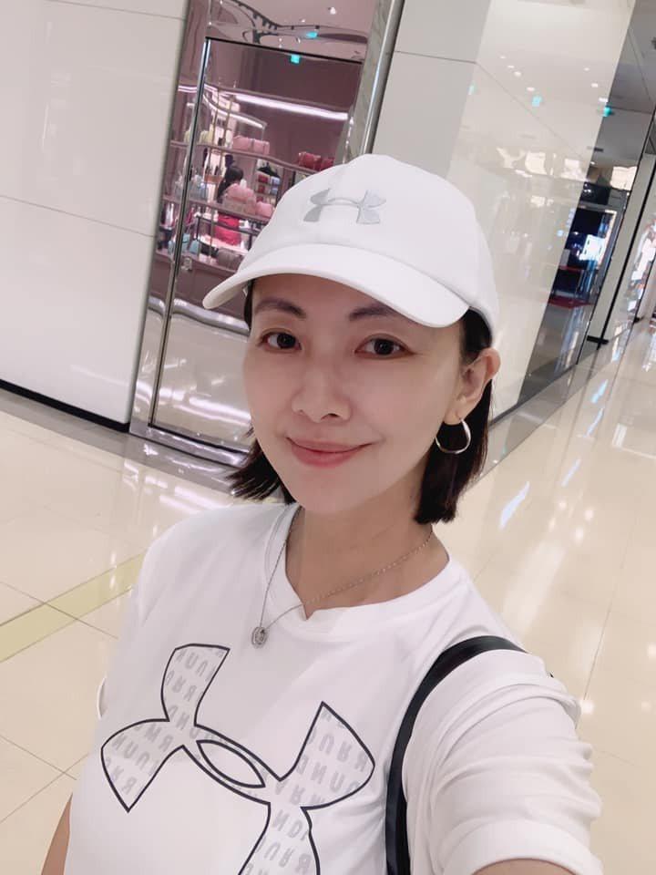 郭昱晴國慶日在臉書發文祝賀國家生日快樂。 圖/擷自郭昱晴臉書