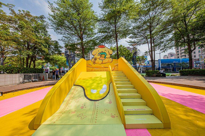 「布丁狗鬆餅溜滑梯」為人氣場景之一。圖/漢神巨蛋提供