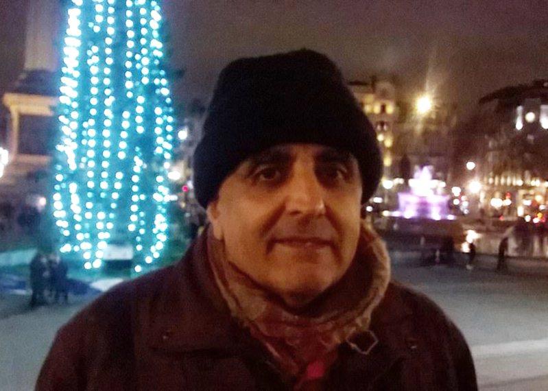64歲的拉曼舒克拉(Ramann Shukla)生前有嚴重的囤物癖。圖擷自《太陽報》