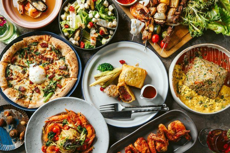 店內供應經典排餐、披薩、沙拉、炸物等多種料理。圖/Chill Play提供