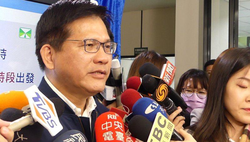交通部長林佳龍說,交通部將基隆捷運定位為首都圈的捷運路網重要路線。記者林昭彰/攝影