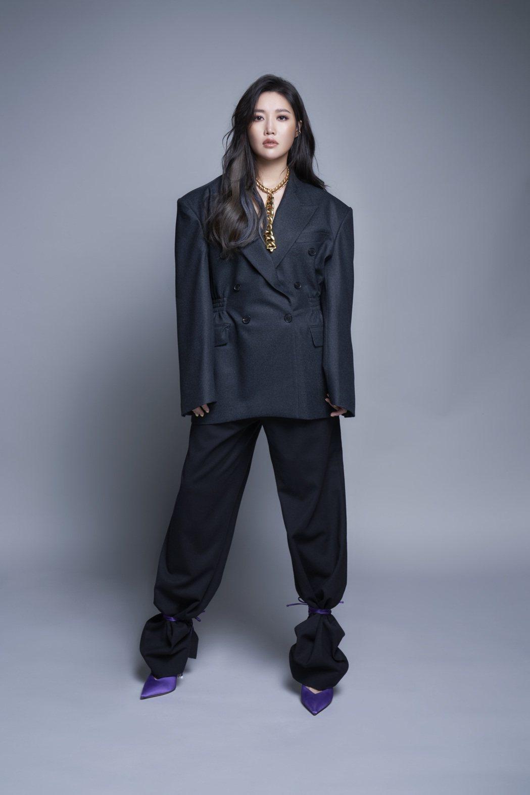 A-Lin將在12月唱進高雄巨蛋。圖/索尼音樂提供