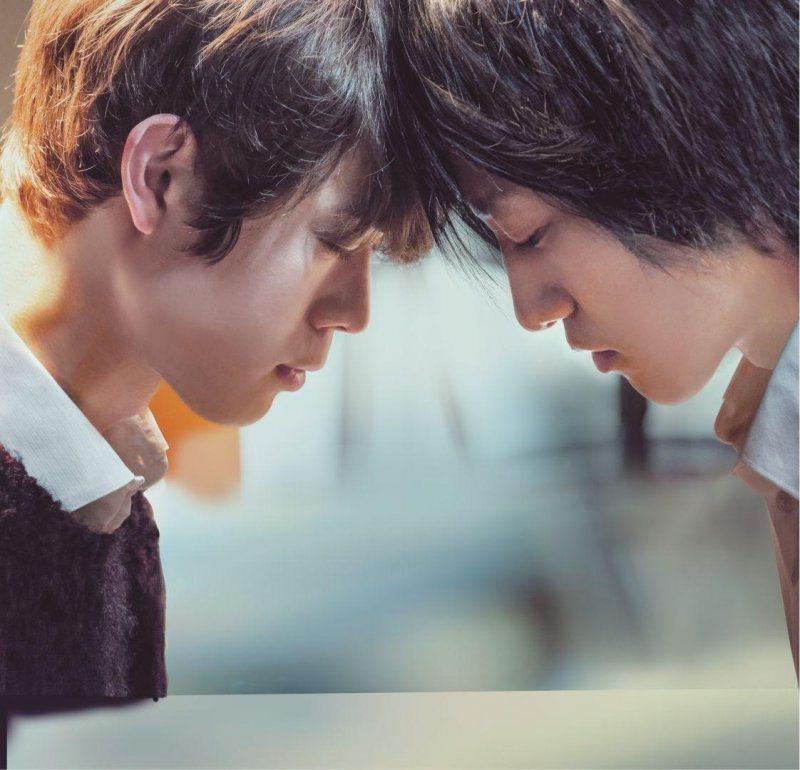 「his」透過一對同性戀愛侶,敘述愛情的純潔及溫柔。圖/蜜蜂工房提供