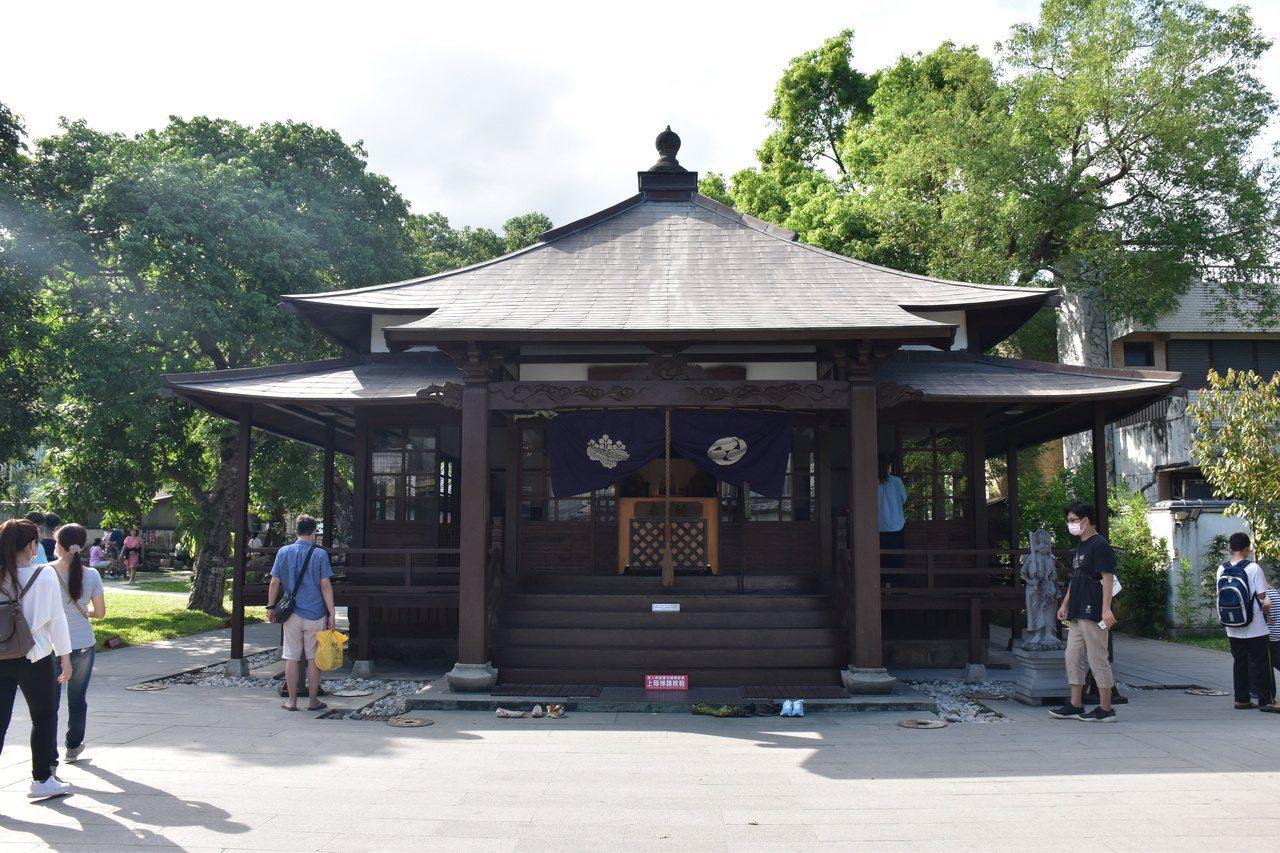 花蓮慶修院擁有台灣目前保存最完整的日本真言宗寺院,就連日本人也會前往探訪。 圖/...
