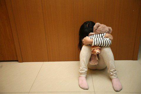 李宜穎/不打不成器?教養或兒虐,父母懲戒權的一線間