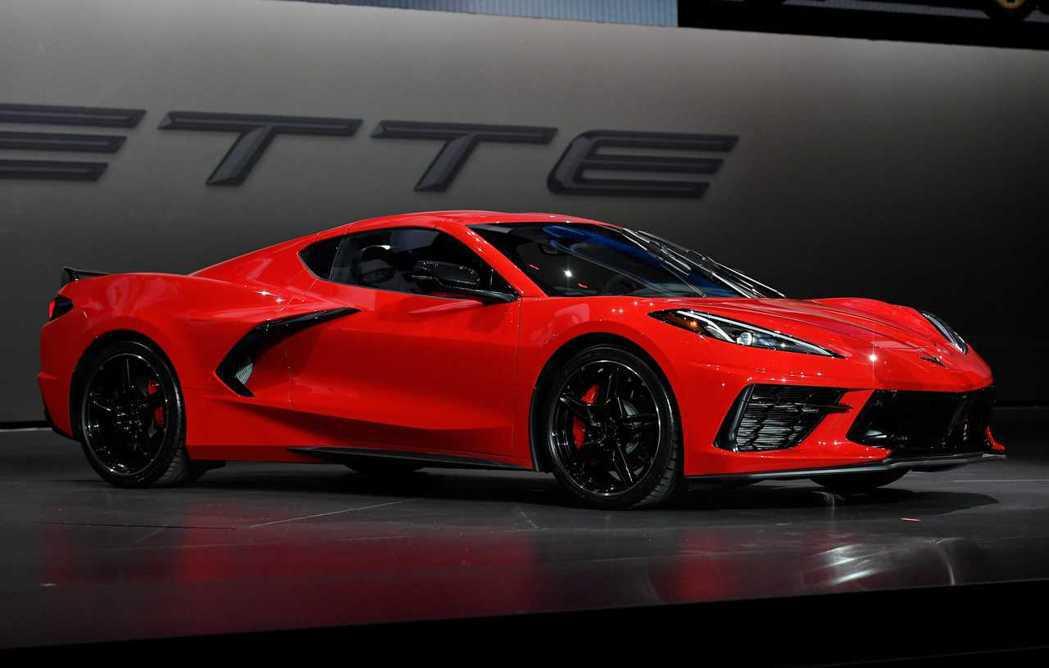 Corvette的生產工廠將在10/12關廠一周,預計10/19再度復工。 摘自...