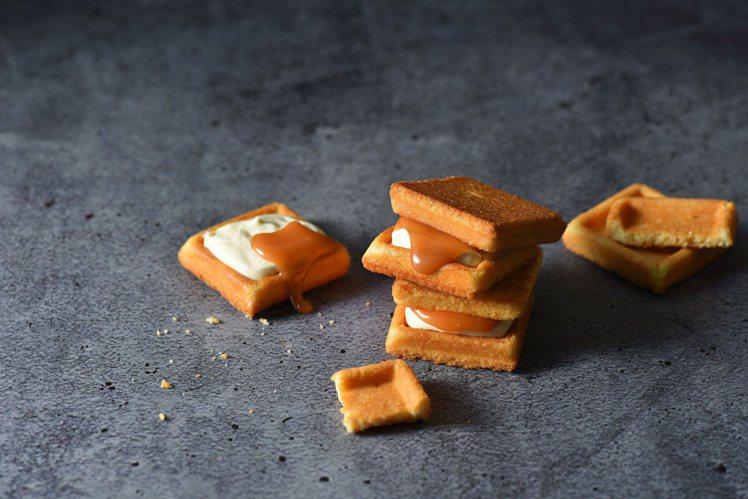 簡單李焦糖夾心餅乾8入340元、12入480元。圖/SOGO提供