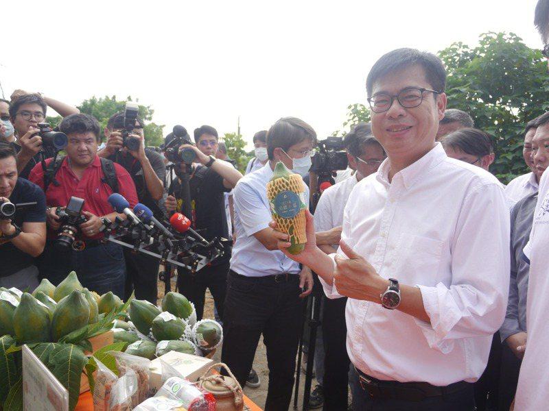 高雄市長陳其邁對李孟居共諜案感到不以為然。記者徐白櫻/攝影