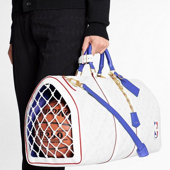 LVxNBA籃網造型Keepall包,12萬2,000元。圖/路易威登提供