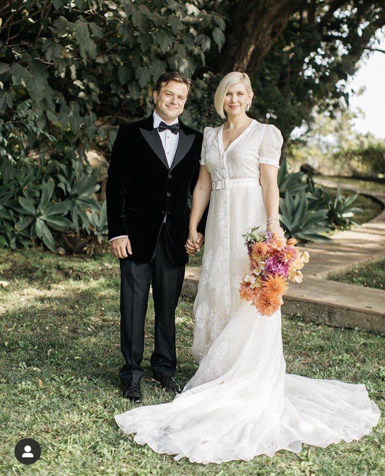 羅賓威廉斯的兒子查克利(左)在世界健康日當天舉辦婚禮,娶進多年女友,也是為了紀念...