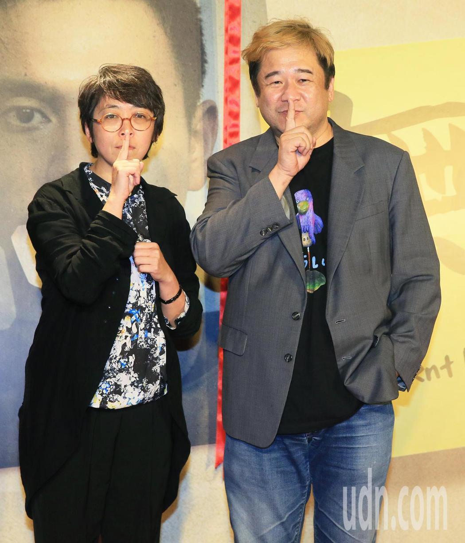 「無聲」今晚首映,監製瞿友寧(右)與於蓓華(左)一起出席。記者潘俊宏/攝影
