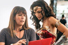 裘莉出局 女超人蓋兒加朵將扮「埃及豔后」