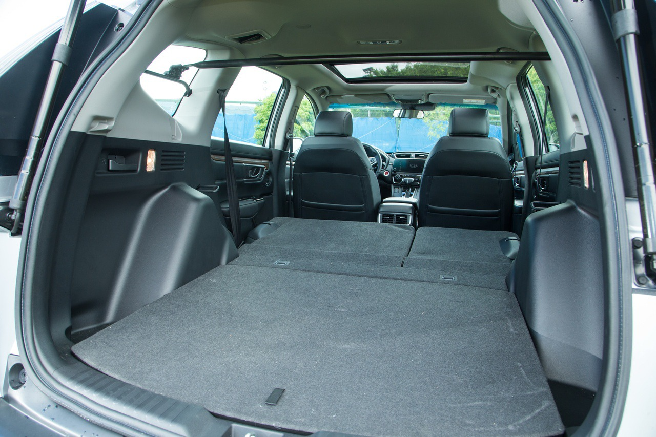 Honda CR-V擁有同級領先的空間表現。 圖/陳立凱 攝影