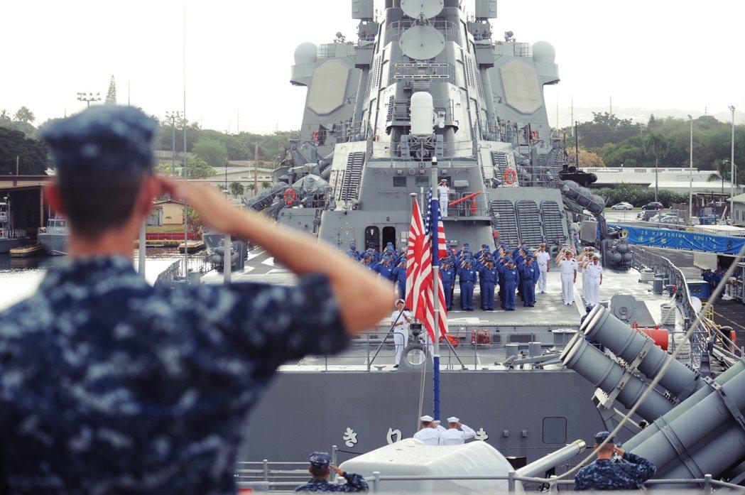 面對北韓的導彈威脅、中國海軍的強化,日本認為不但需要陸基神盾鞏固後方防禦,而且需...