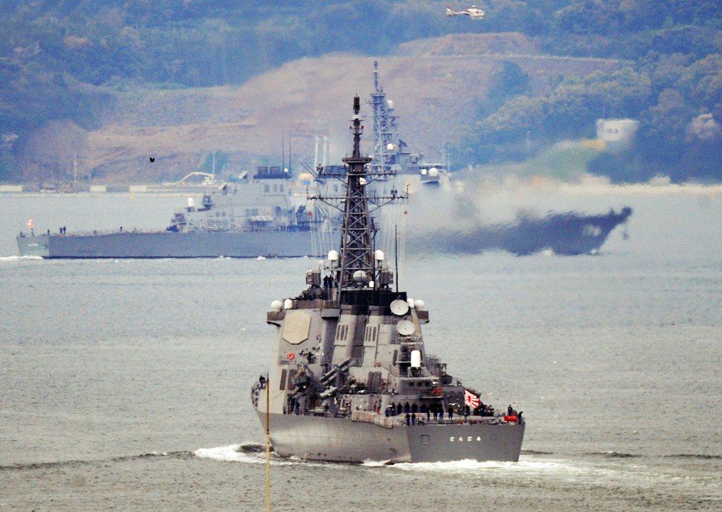新造的4艘戰艦配有更先進的神盾作戰系統,可導引攔截範圍更大的標準三型Block ...