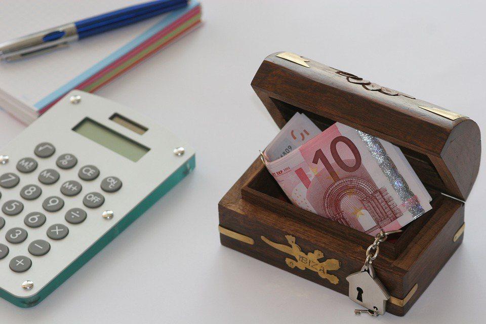 在新買保單時,一定要重新檢視現有保單與需求、未來支出與現金流,並依需求設計額度。...