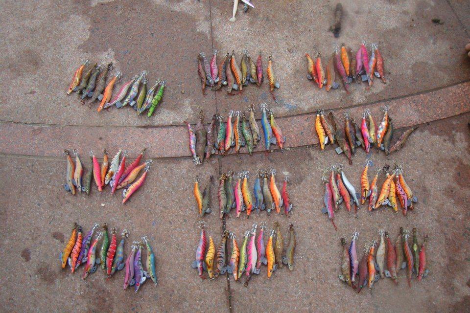 多年前,陳玄州在東北角潛水時,用一支氧氣瓶的時間,就撿了110支廢棄的木蝦誘餌。...