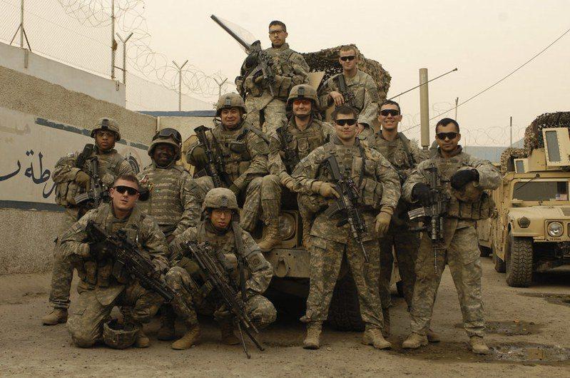 美軍雖然將撤出阿富汗,但為了逼迫塔利班重回談判桌,近日罕見表態將採取軍事行動。(Photo by The U.S. Army on Flickr under CC BY 2.0)