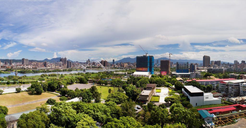 板橋江翠水岸是新北最受矚目的重劃區之一。 圖/信義房屋提供