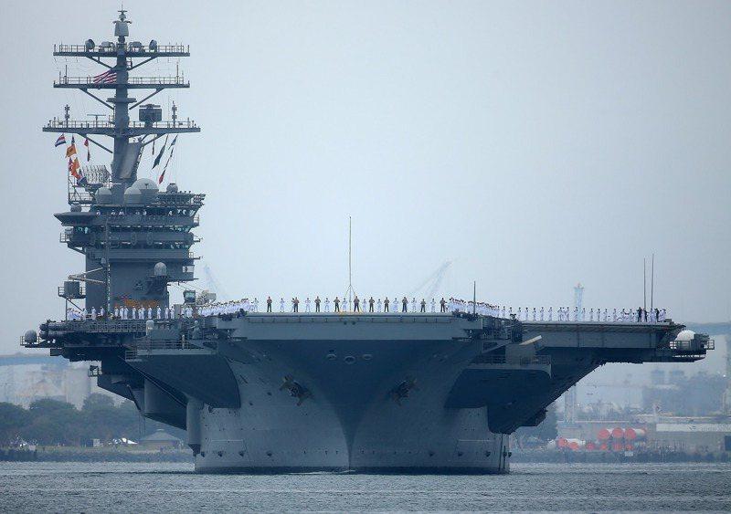 美國海軍尼米茲號航空母艦2017年6月5日駛離加州聖地牙哥。路透