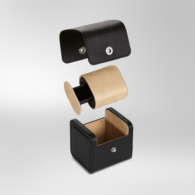 IWC新款的腕表收納盒,同時也可用作旅行收納,進而完成減少浪費。圖 / IWC提...