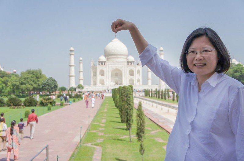 蔡英文總統分享過去訪問印度的照片。圖/取自蔡英文推特