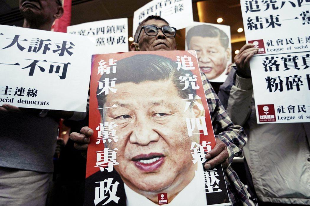 各項人權迫害、新疆集中營,以及香港反送中和港版國安法爭議...中國卻還是能夠如願...