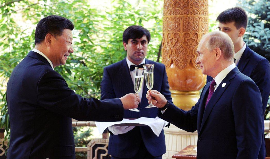 聯合國人權理事會(UNHRC)在13日進行席次改選,投票結果出爐後,中國與俄羅斯...